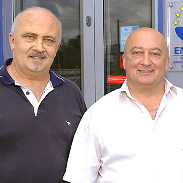 Gerhard und Dieter Arnold Arnold Bedachungen