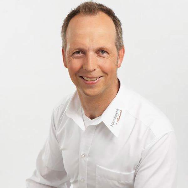 Jörg Hülsbusch, Malerbetriebe Hülsbusch GmbH & Co. KG